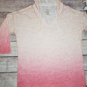 Sonoma 'ombre'design shirt with hood.